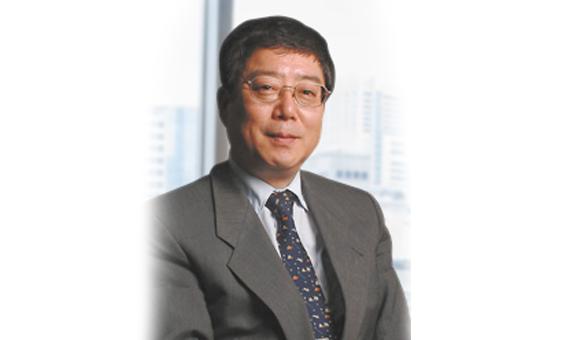 広島大学名誉教授の丹根一夫先生が有心会クリア歯科にてご指導と診療をしていただく事となりました。